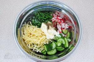 Крабовый салат «Купалинка»6 Соединяем все ингредиенты для салата