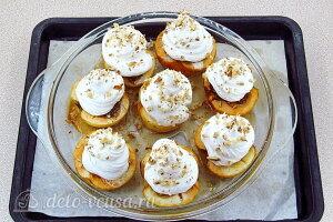 Печеные яблоки с меренгой: Отправляем в духовку для высыхания меренги