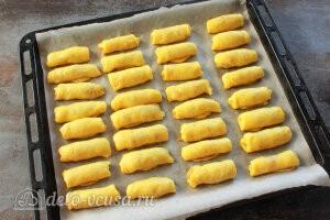 Яблочные трубочки на кефире: Отправляем трубочки с начинкой в духовку
