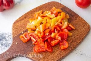 Запеченные овощи «Экспресс-рататуй»: Режем перец
