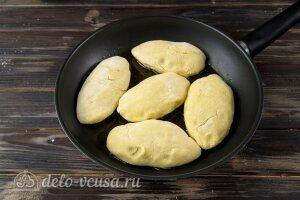 Картофельные зразы с капустой: Жарим картопляники на сковороде