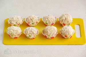 Закуска «Рафаэлло» с печенью трески готова