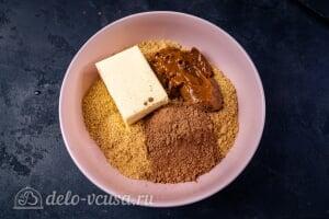 Пирожные «Шишки»: Добавляем масло, сгущенку и какао