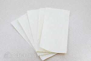 Лазанья из лаваша с фаршем: Разрезаем лаваш на 5 равных частей